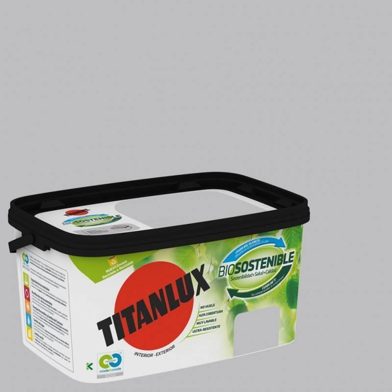 Titan 4L Titanlux Bio-sustainable paint bucket